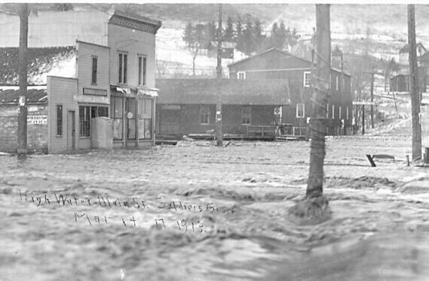1913 flood: Main St west end