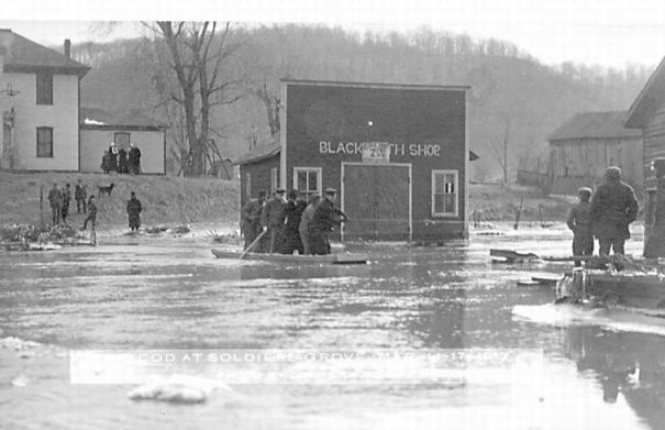 1913 flood: Blacksmith shop