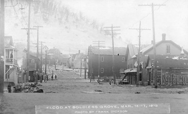 1913 flood: West end of town