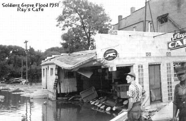 1951 flood: Ray's Cafe