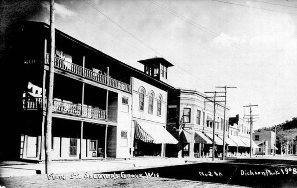 1908: Main Street
