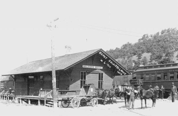 1909: Depot